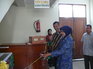 Peresmian Kantin Kejujuran di Kejati Banten